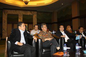 Bersama wakil rektor